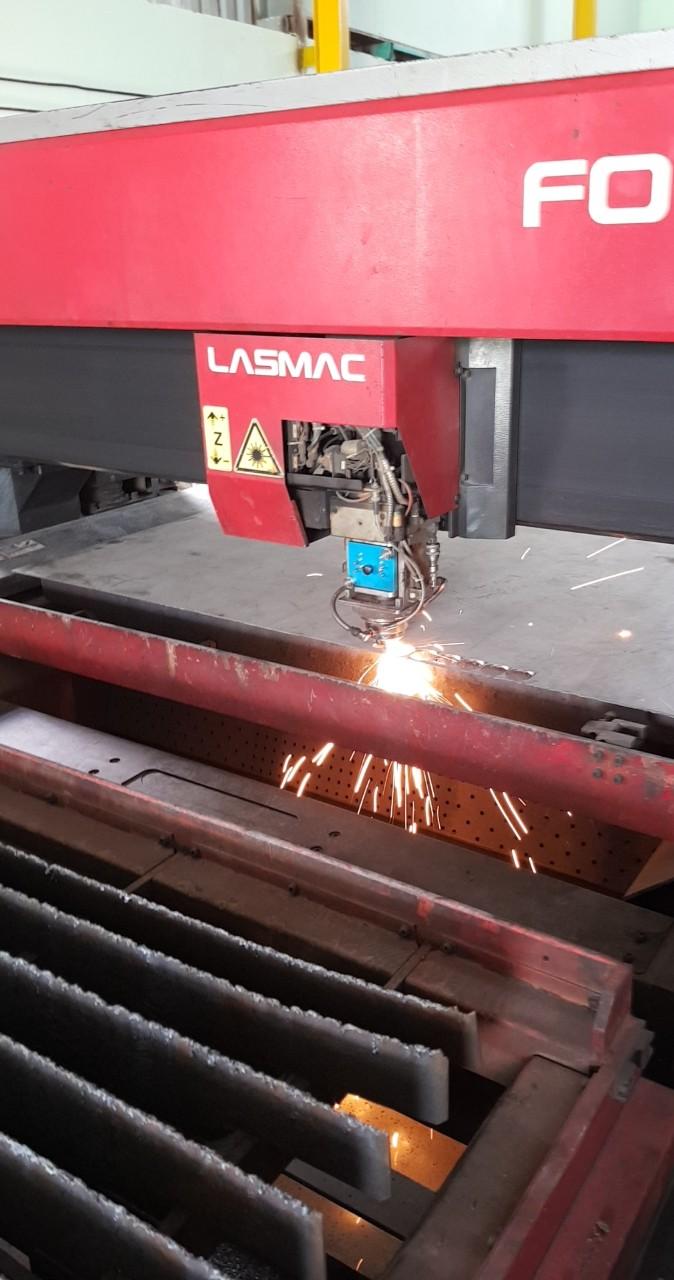 Gia công cắt laser thép và inox